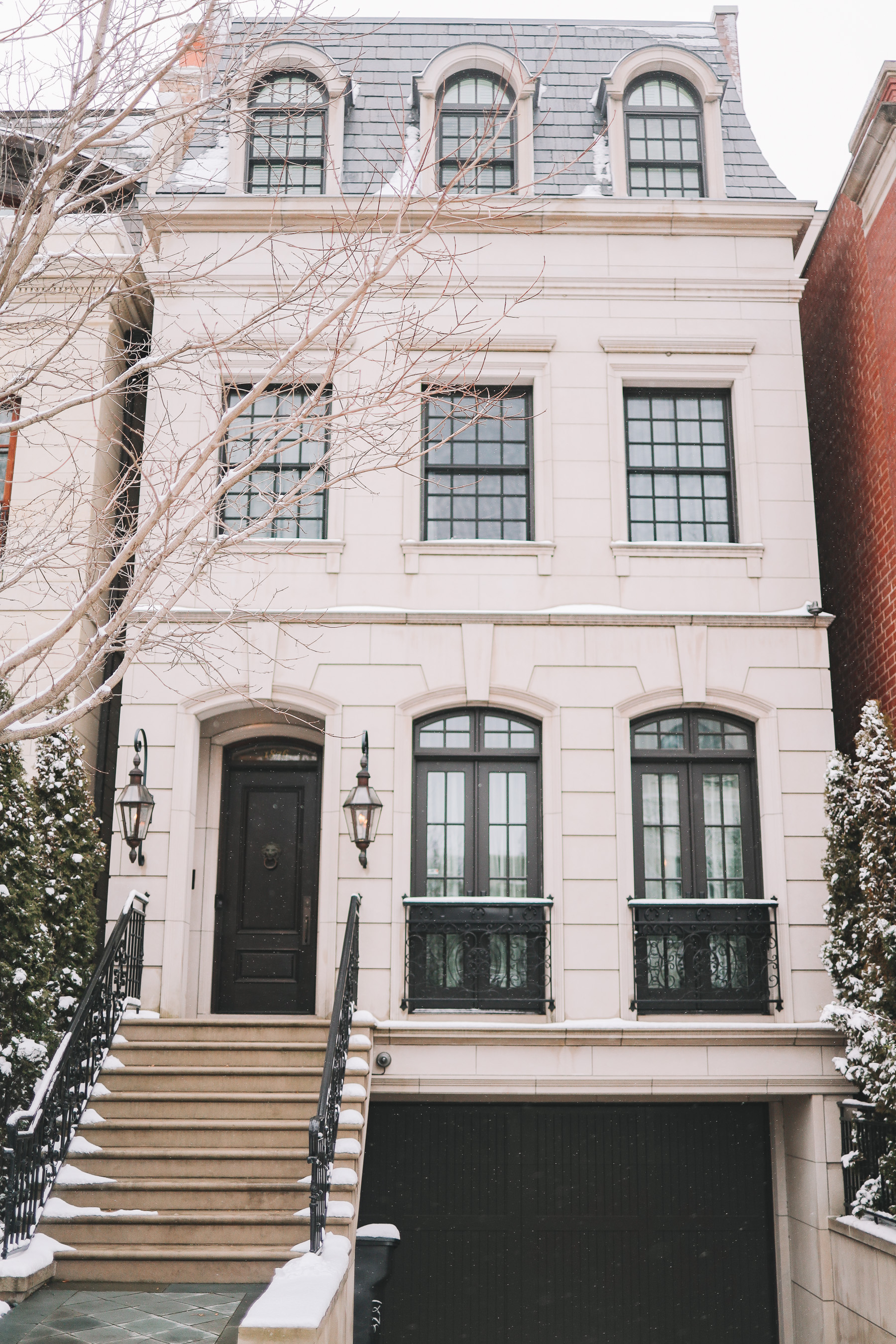 chicago houses winter | Happiness Walk Through Lincoln Park