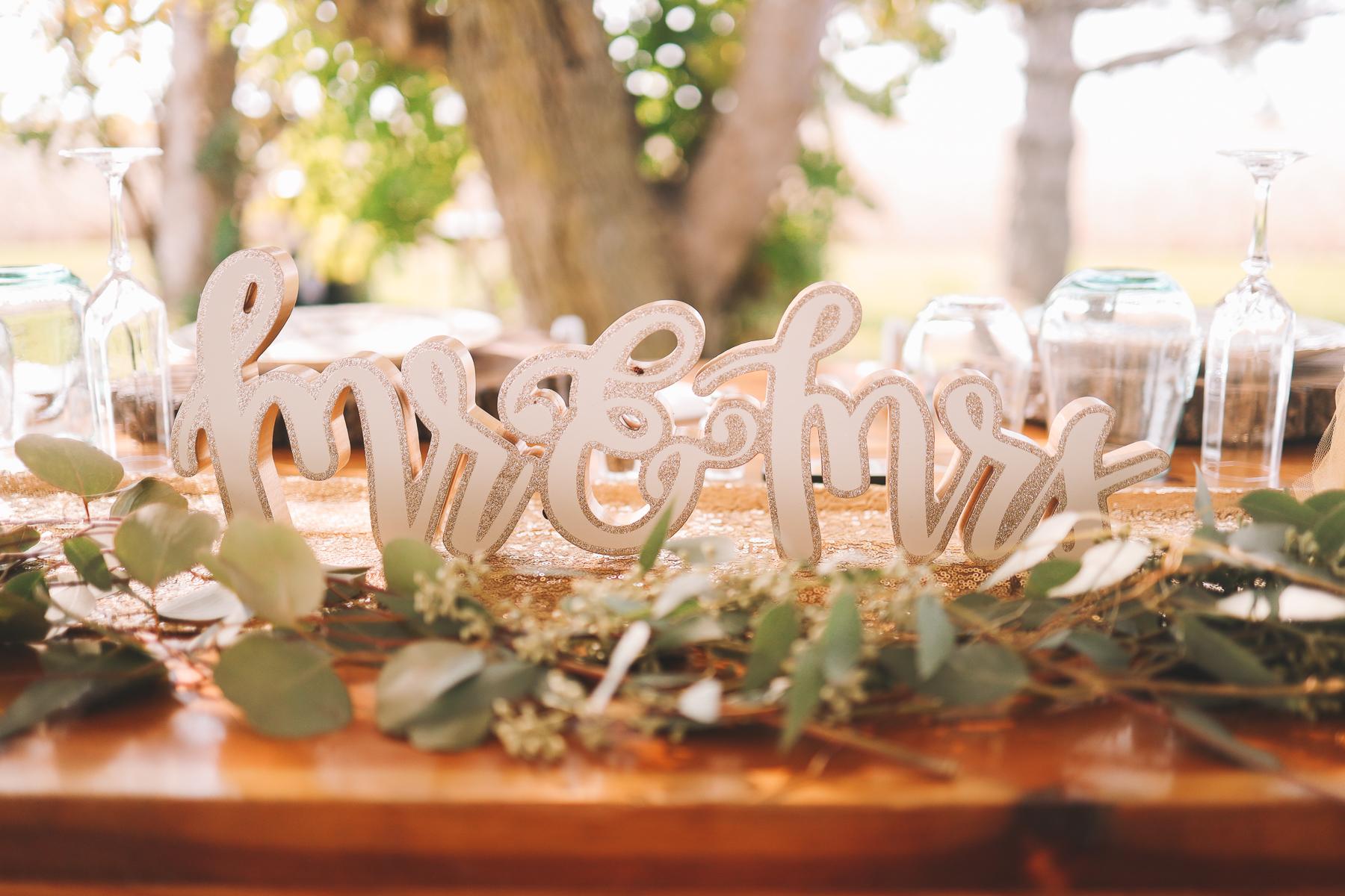 wedding tablescape | Charlie and Shirleys Wedding