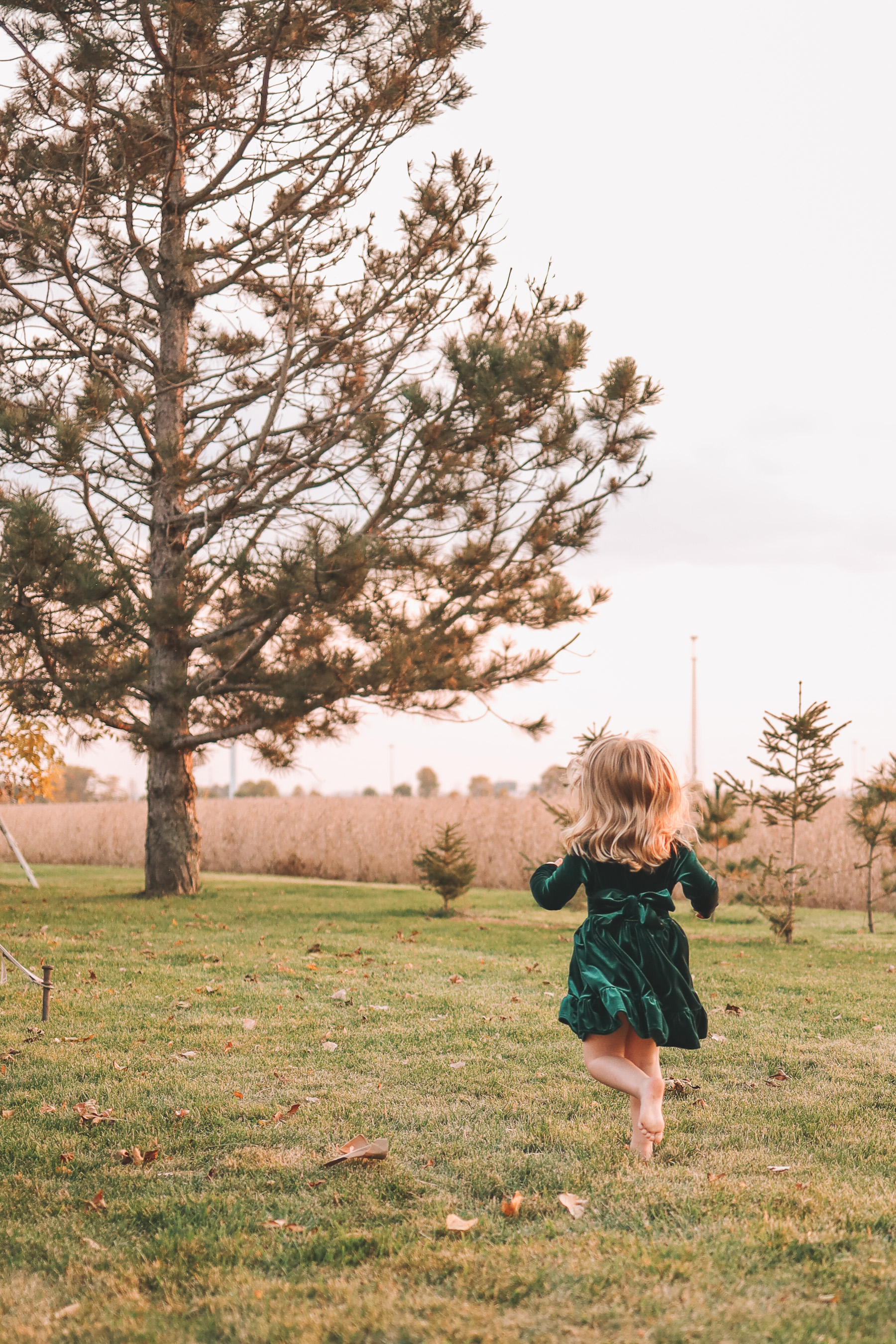kid running barefoot