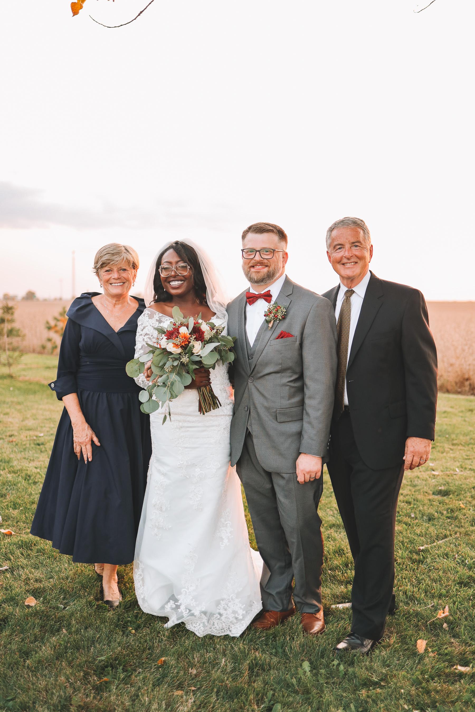outdoor wedding photo ideas