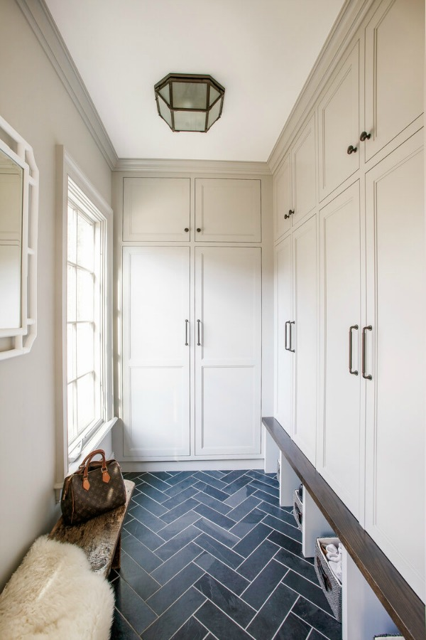 small mudroom with cabinets