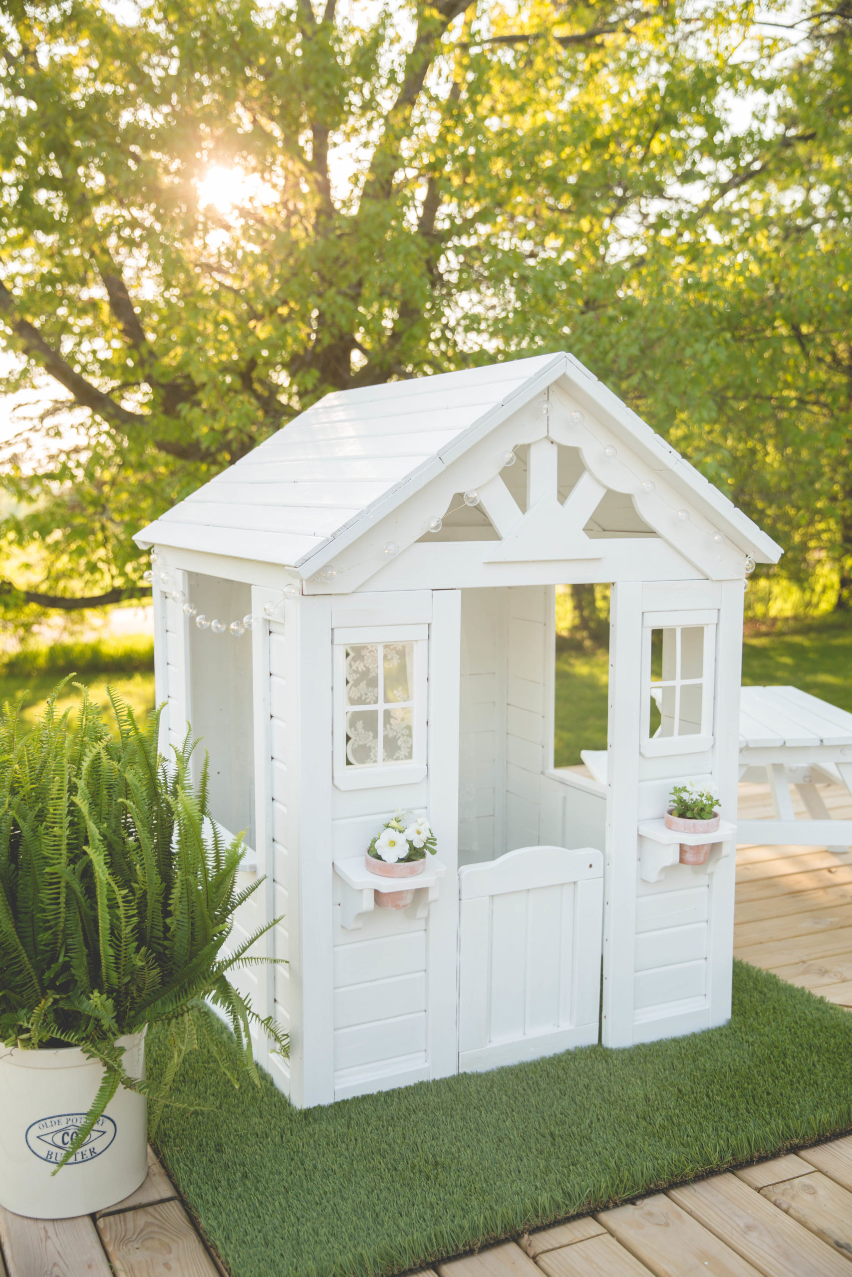 white playhouse for kids