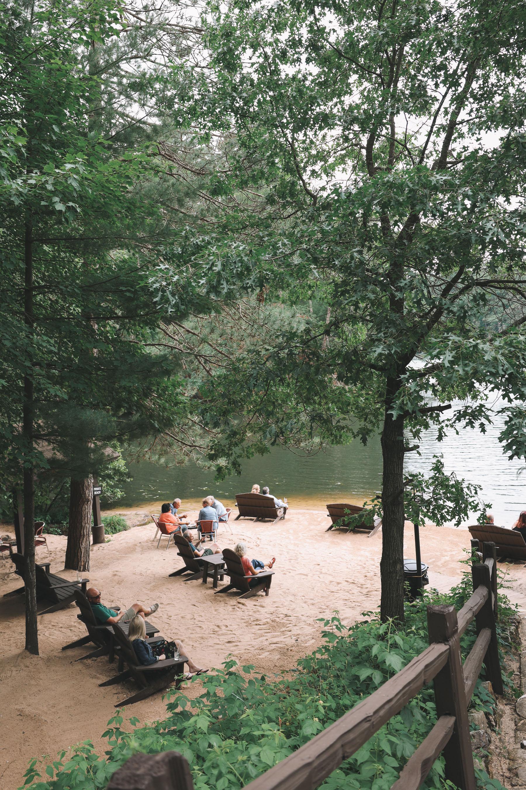 Lake Delton Waterfront Villas