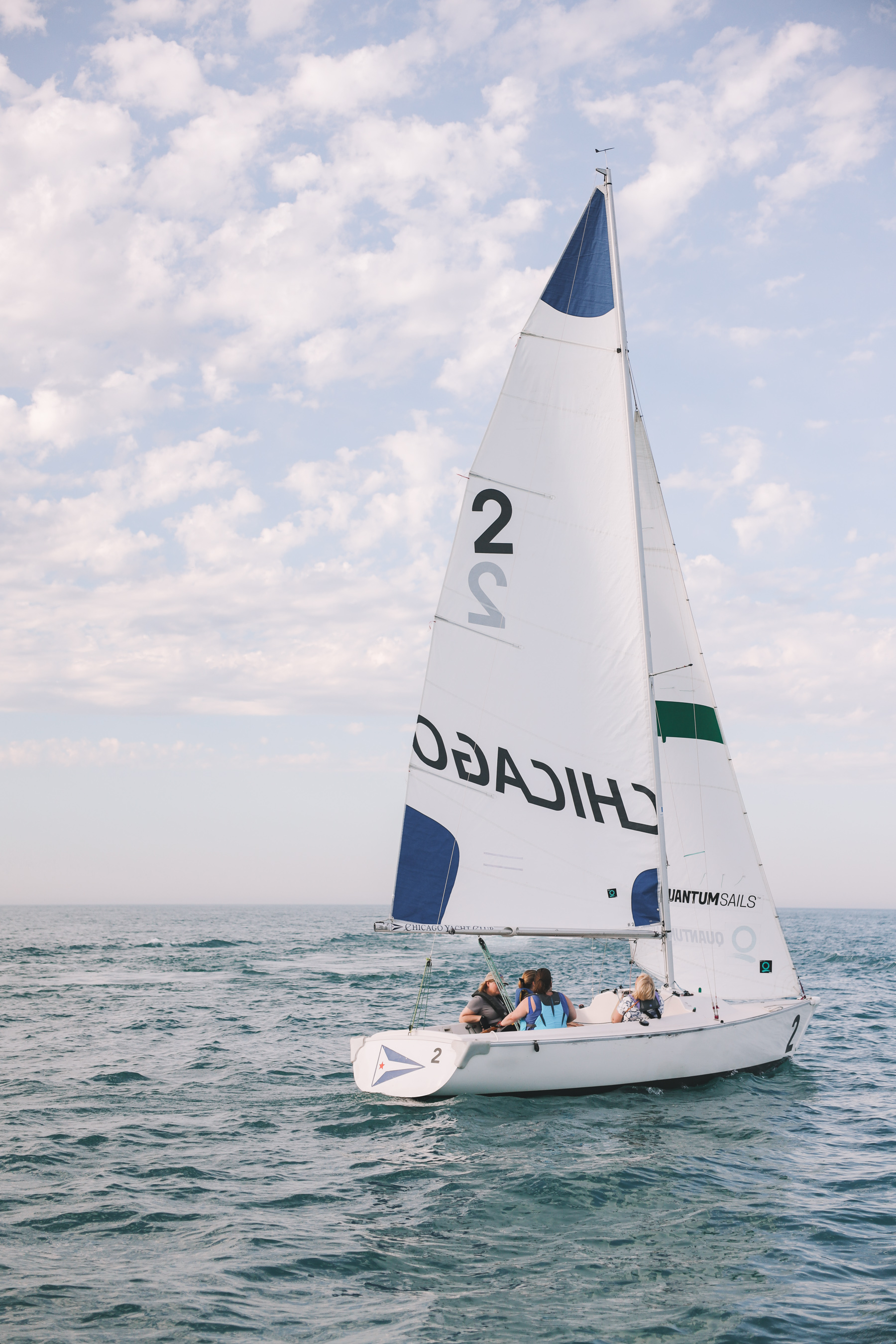 Sailing Lake Michigan in Chicago Review