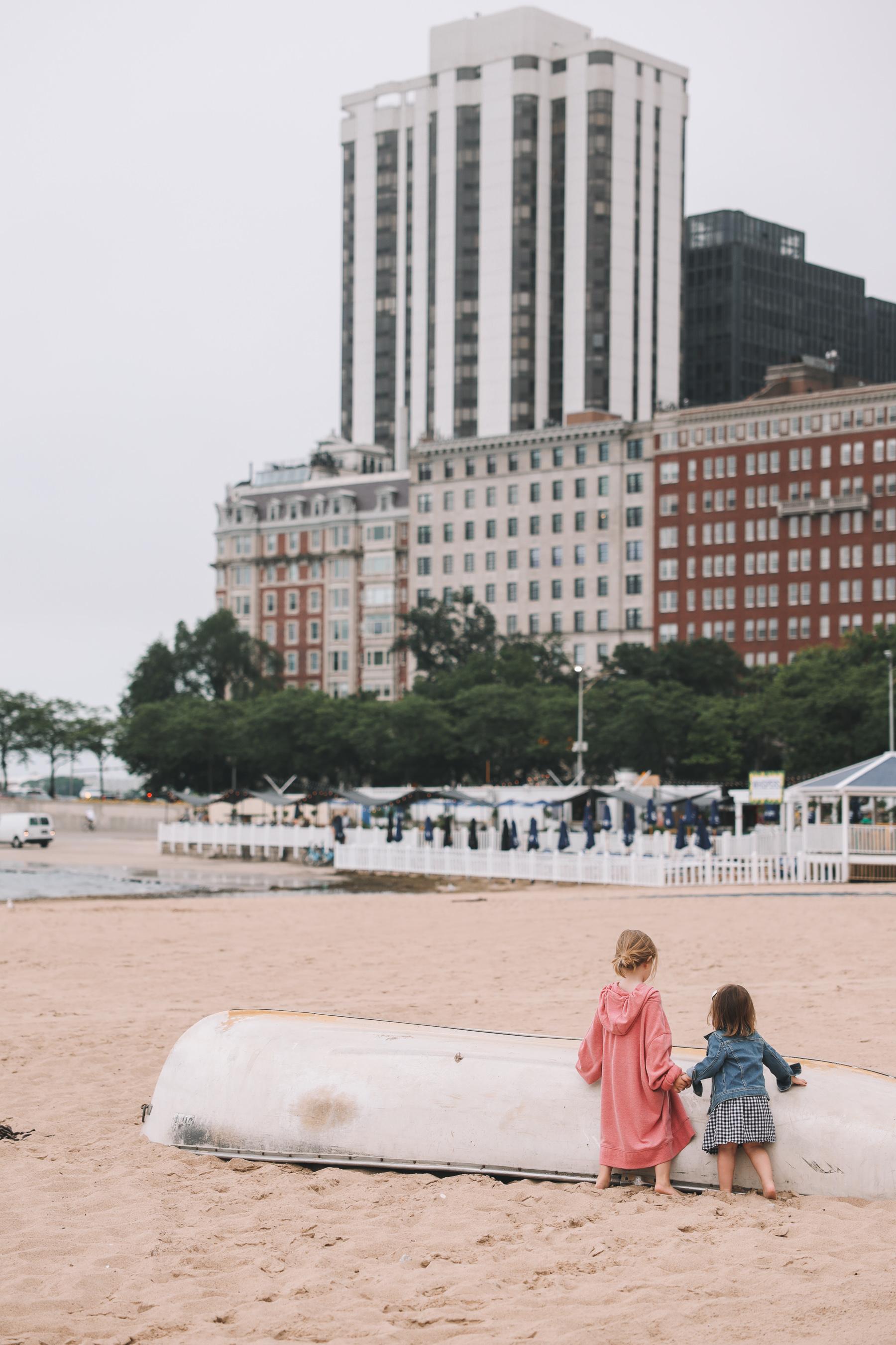 kids at Chicago beach