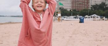 kid wearing dad Amazon sweatshirt | 10 Things 7/15