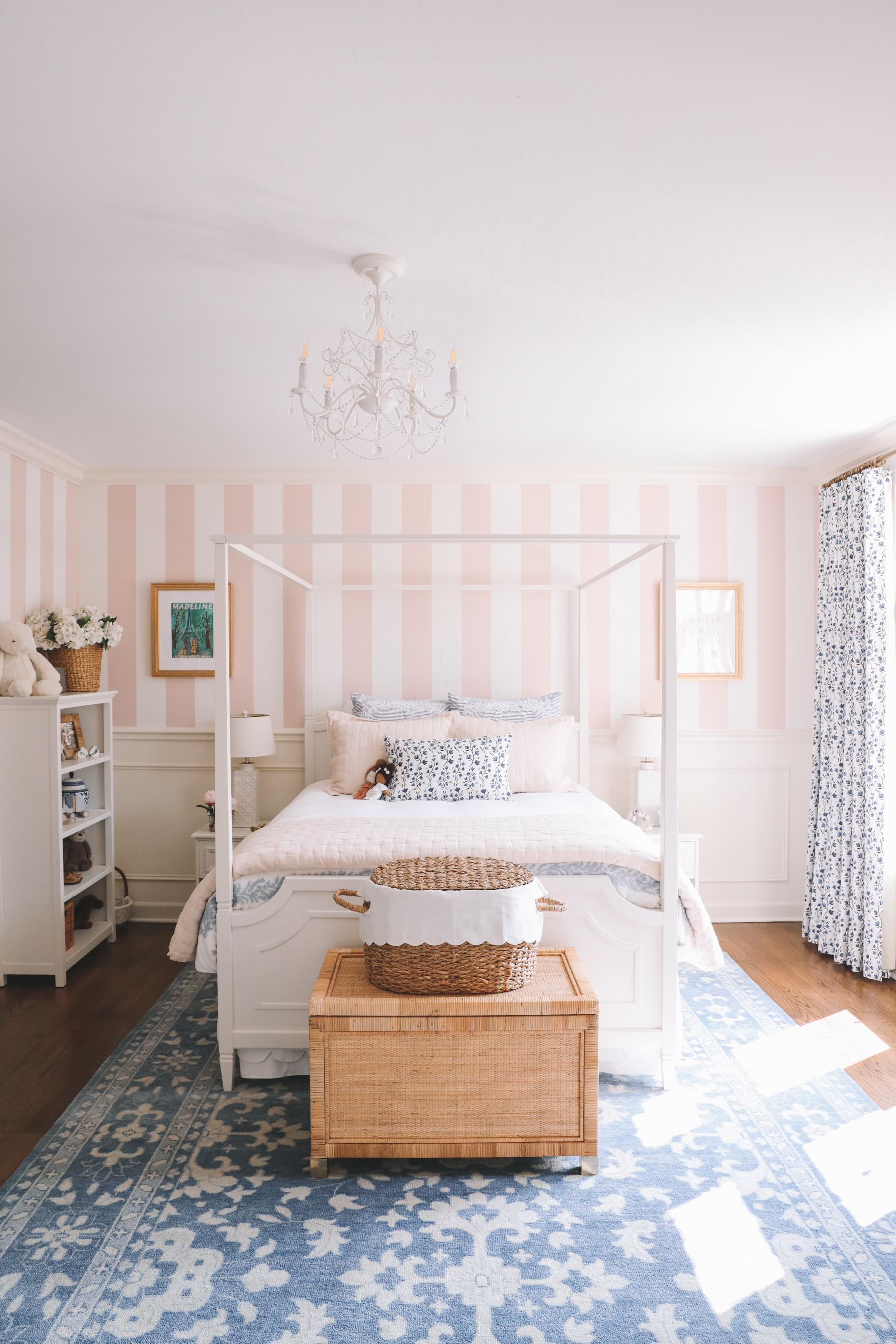 Home Tour: Lucys Room