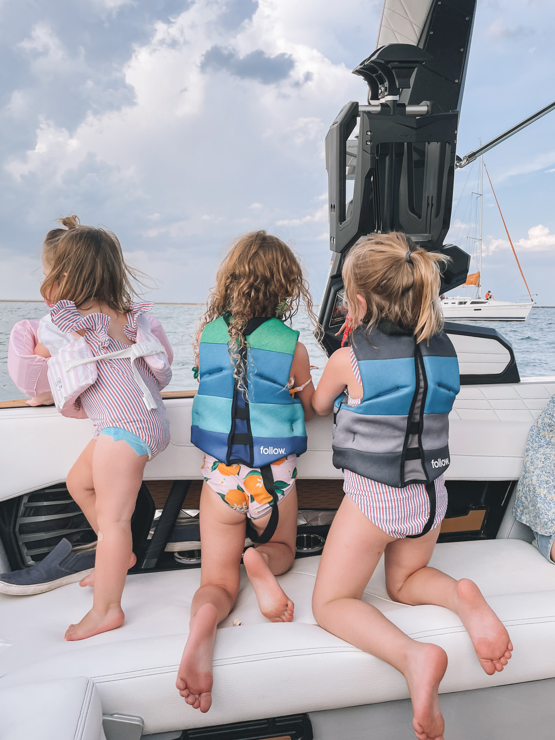 Diversey Harbor Chicago Boating Experience with kids