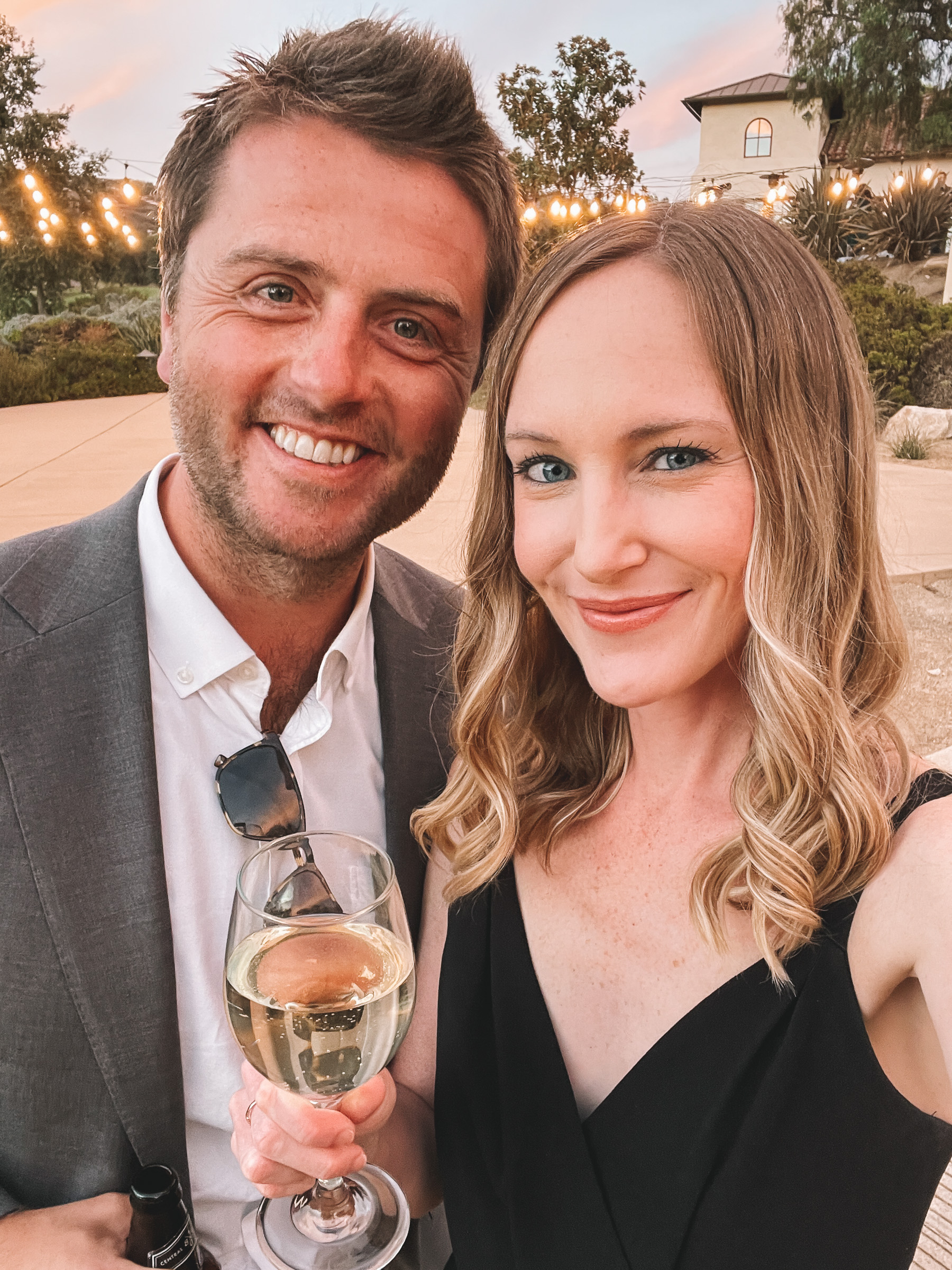 Mitch and Kelly wedding guest selfie